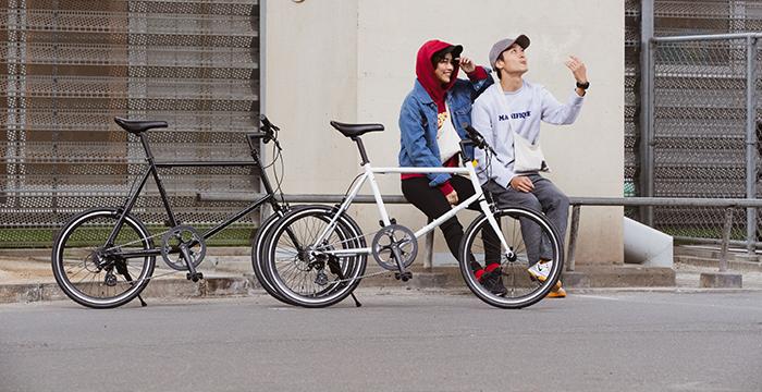 日々の通勤・通学や休日のレジャーなど幅広く使えるクロスバイクや、より長い距離を速く走れるロードバイクを中心に取り扱っています。